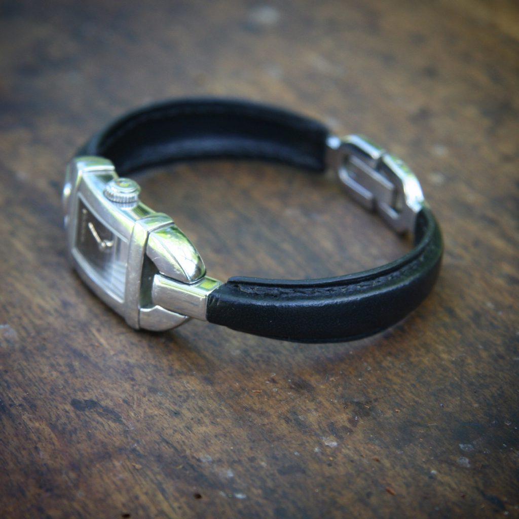 Restauration du bracelet d'une montre Gucci