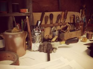 Preview of the TiipiiK leather workshop