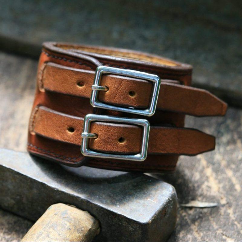Blacksmith strength bracelet - buckles