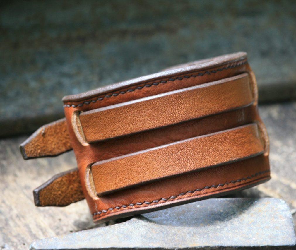 Blacksmith strength bracelet - thongs