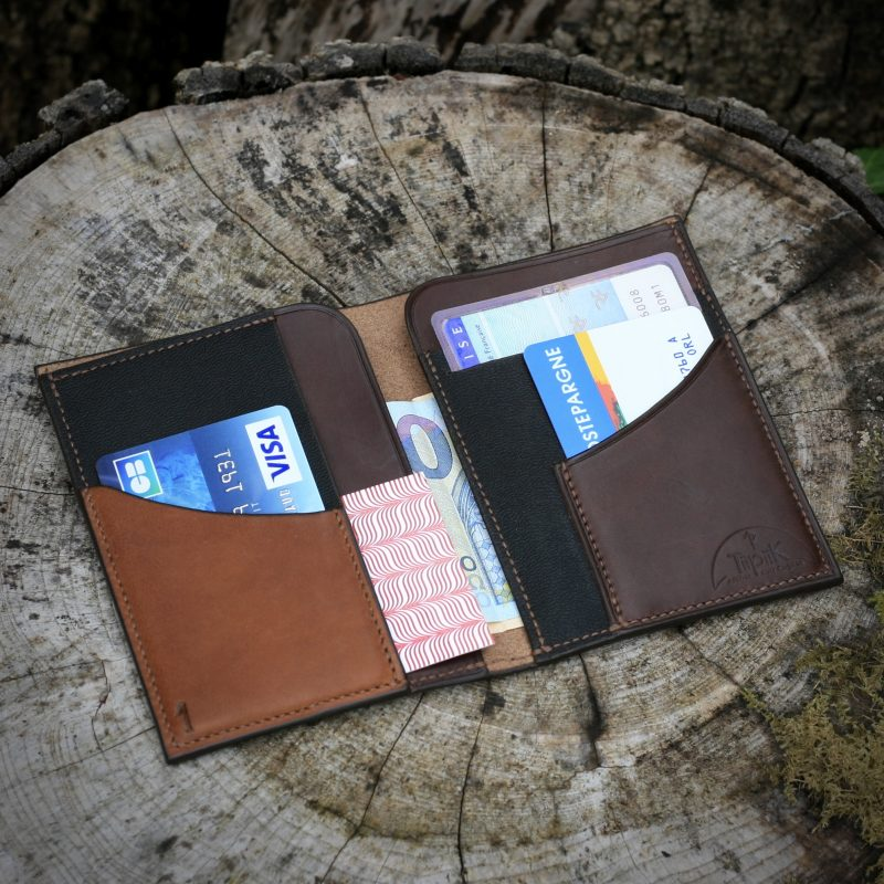 Portefeuille cuir brun usage